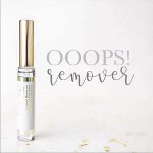 NWT Ooops remover lipsense